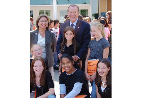 Governor Kulongoski With Kids From Stevens Middle School in Salem